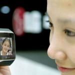 lg-lancia-il-primo-cellulare-3g-da-indossare-come-un-orologio